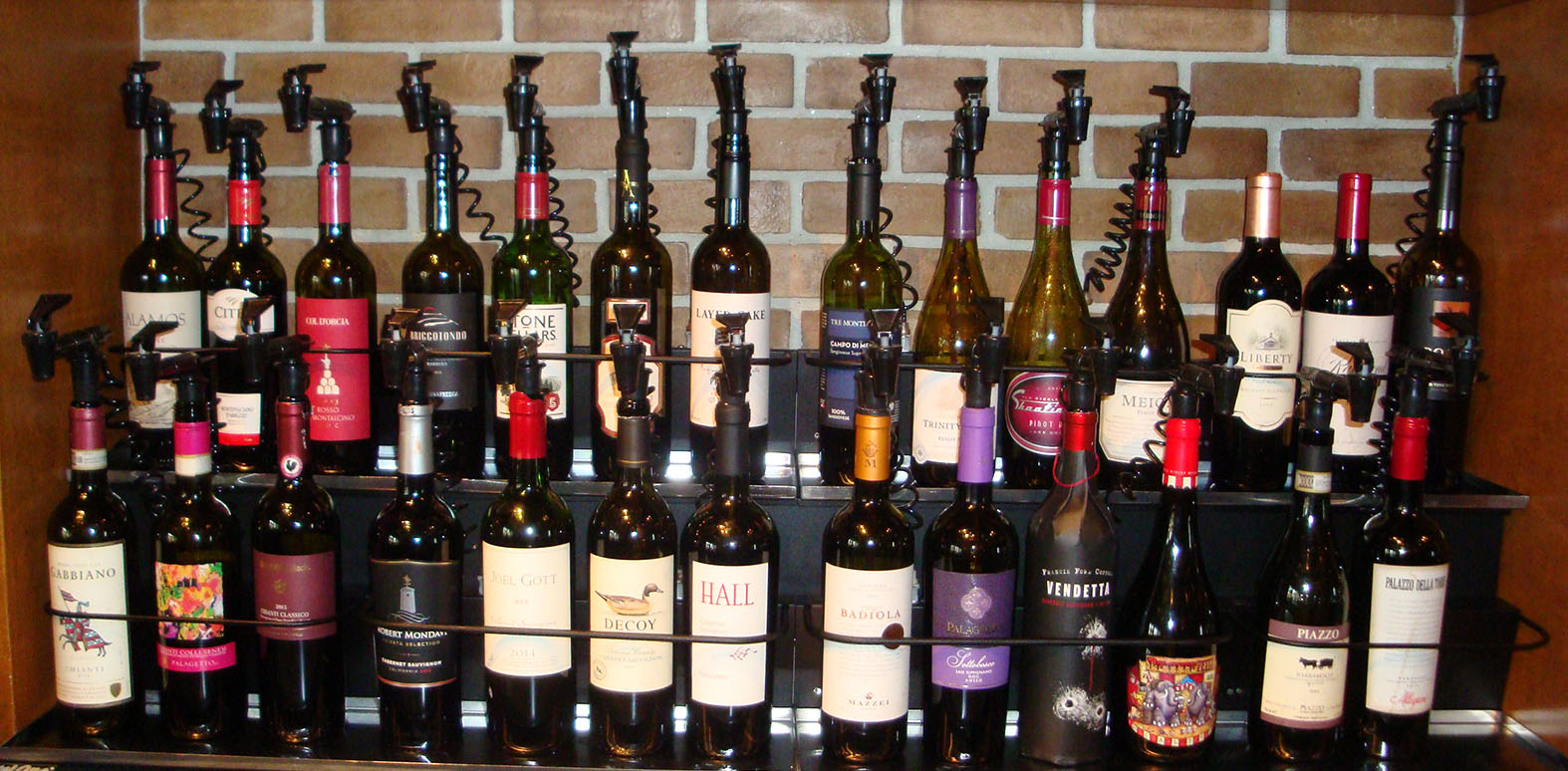 Offering 28 red wine choices by the glass, from Italy as well as California, dispensed from our state-of-the-art Nitrotap system.